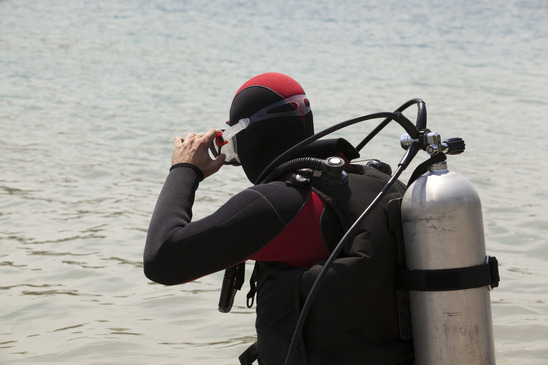 preparing to scuba dive